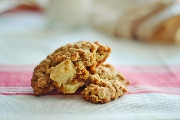 Oatmeal Apple Cookies