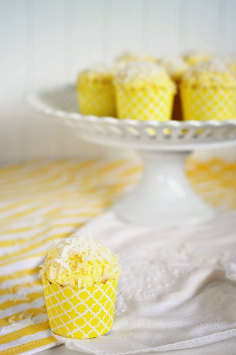 Coconut-Cupcakes-@LittleFiggyFood-#CoconutHappy