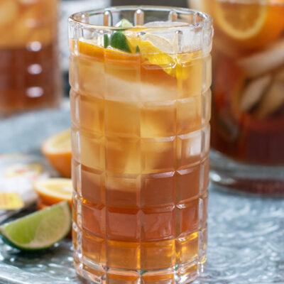 How to Make Sweet Iced Tea Like a Southerner