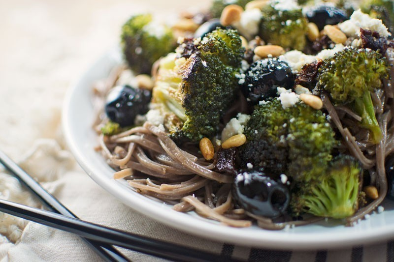 Roasted Olives with Broccoli and Soba Noodles