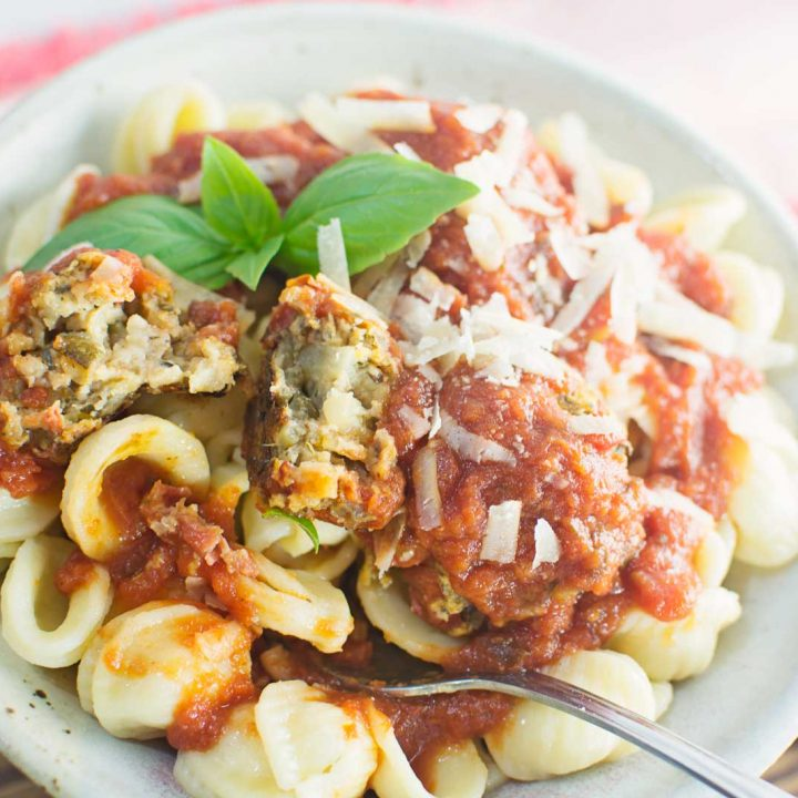 For a meatless alternative to the beloved meatballs, try these Ratatouille inspired Veggie Balls with your favorite sauce & pasta. Recipe found @LittleFiggyFood