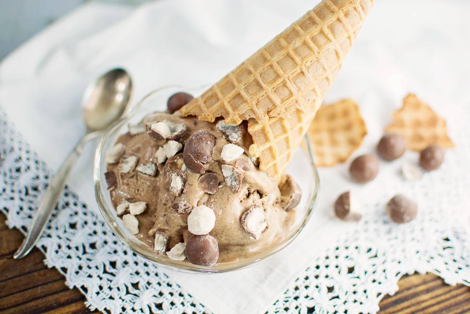 This. Ice. Cream. Chocolate Malt Ice Cream! Find the recipe @LittleFiggyFood