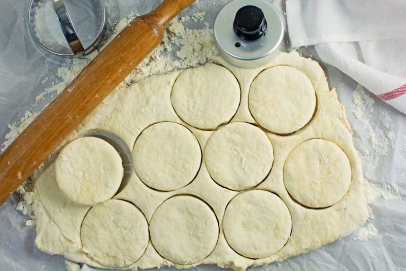 Easy to make, buttery and flaky, Southern Biscuits! Recipe @LittleFiggyFood