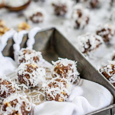 Honey Dates and Walnut Bites