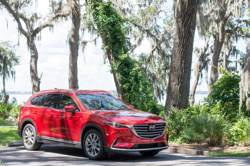 Love this Mazda CX-9 Signature AWD, it's perfect for any road trip and gives you the best of both worlds, a luxury car and family car all rolled into one! #DriveMazda @MazdaUSA #ad