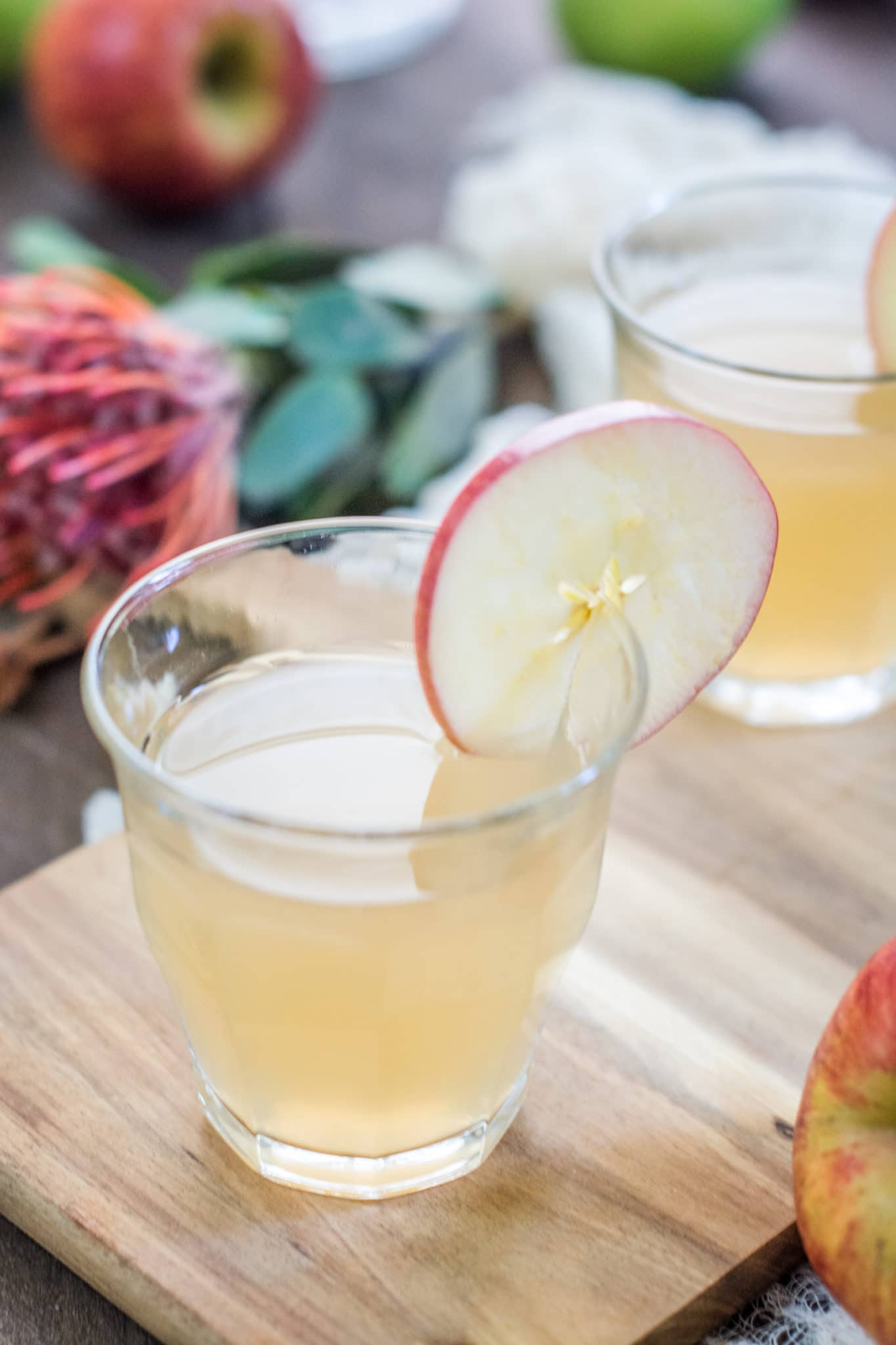 This Needs To Become Your New Favorite Fall Cocktail – Apple Ginger Cocktail