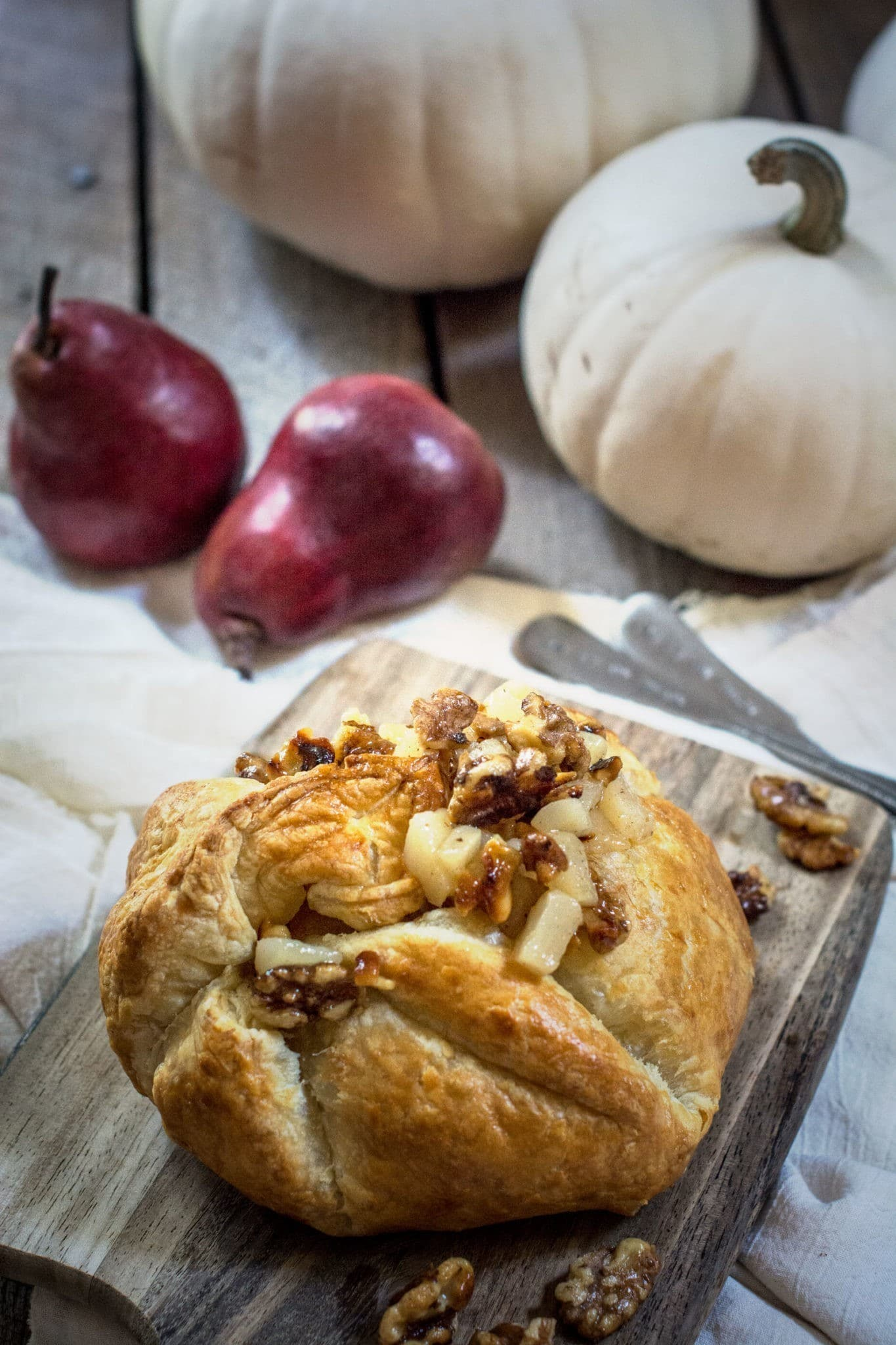 Baked Gouda with Pear Compote